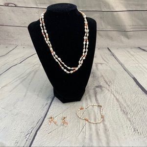 Jewelry - Fresh water pearls and rose quartz necklace set